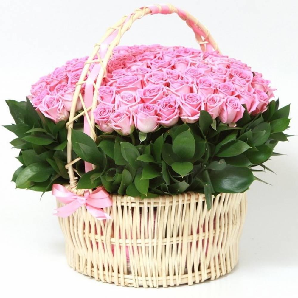 Корзина красивых роз фото